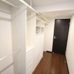 廊下を便利な収納空間へ